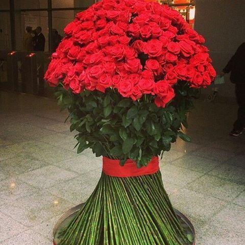 Длинные розы екатеринбург купить купить оптом живые цветы в украине